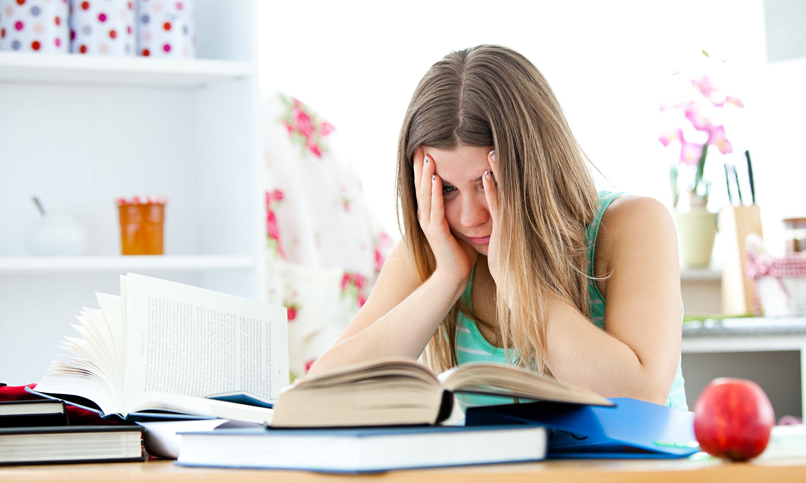Struggling-Student-Chicago-Academic